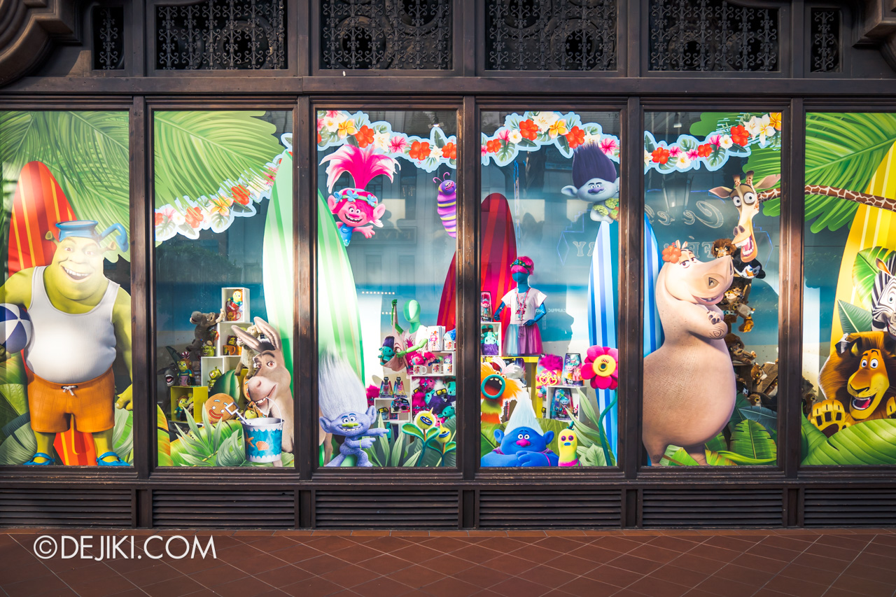 Universal Studios Singapore Park Update March 2021 Tropical Thrills Hollywood zone Universal Studios Store Display