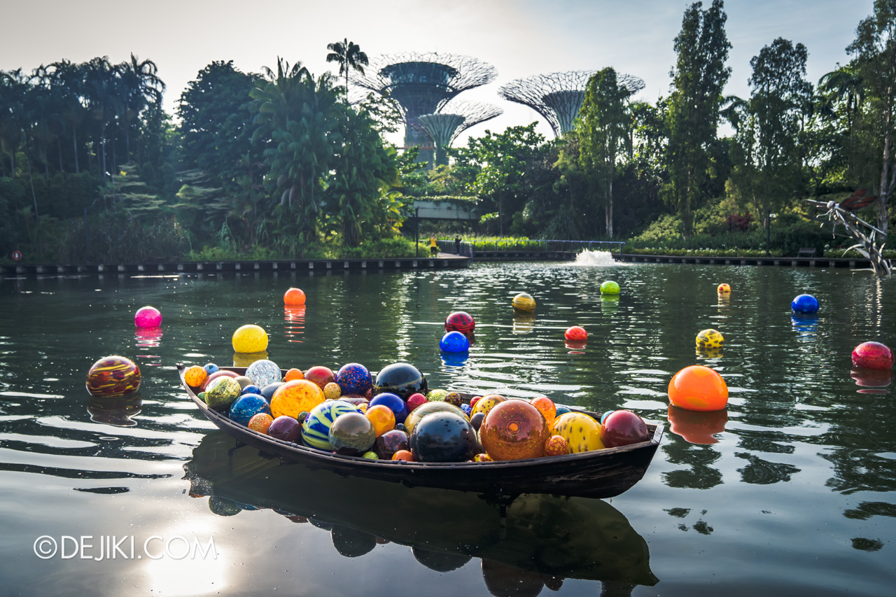 Gardens by the Bay Chihuly in Bloom Outdoor Free Float Boat and Floats day